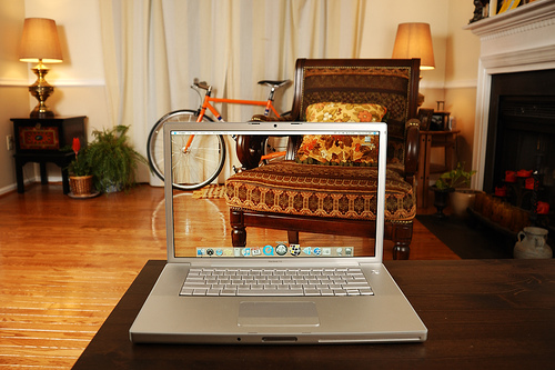 50 Awesome Transparent Screen Trick Photos 29