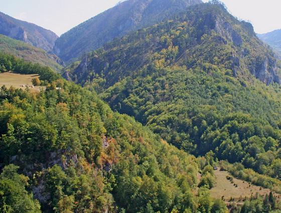 40 Beautiful National Parks Around The Globe 25