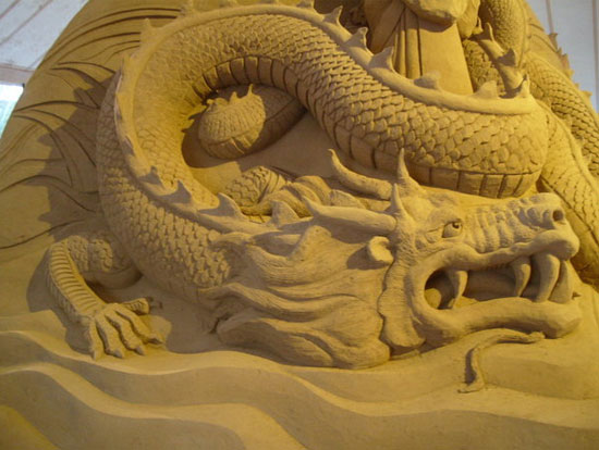 30 Wonderful Sand Sculptures You Love to Watch Closely 11