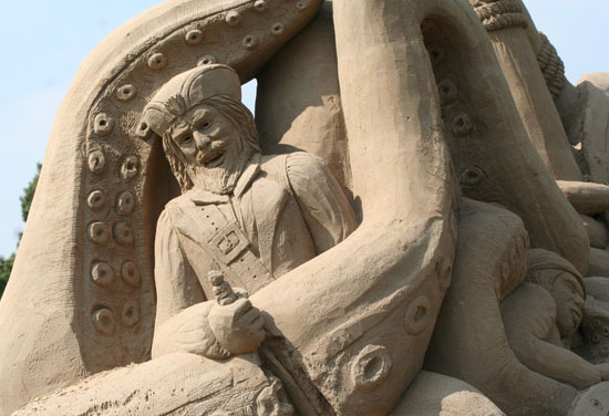 30 Wonderful Sand Sculptures You Love to Watch Closely 19