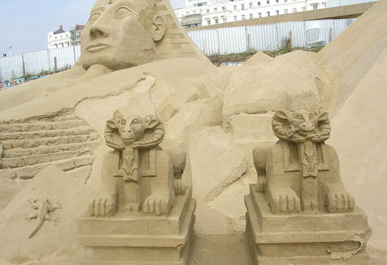 30 Wonderful Sand Sculptures You Love to Watch Closely 22