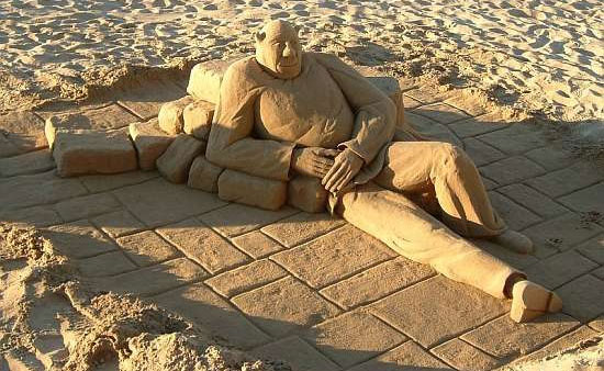 30 Wonderful Sand Sculptures You Love to Watch Closely 24