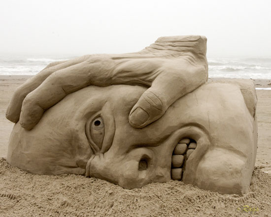 30 Wonderful Sand Sculptures You Love to Watch Closely 4