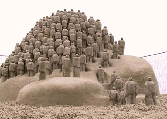 30 Wonderful Sand Sculptures You Love to Watch Closely 5