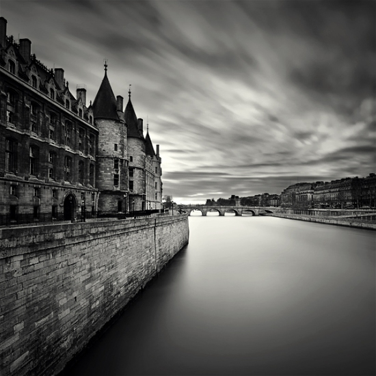 30 Stunning Examples of Black and White Photography 19